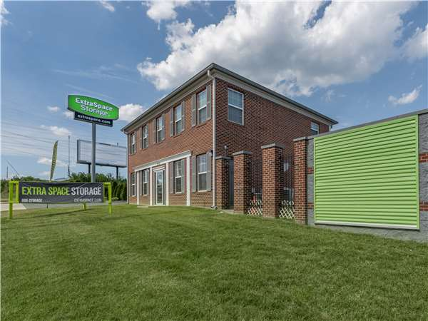 Image of Extra Space Storage Facility on 5910 Moravia Rd in Baltimore, MD