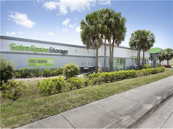 Image of Extra Space Storage Facility on 9321 Cypress Lake Dr in Fort Myers, FL