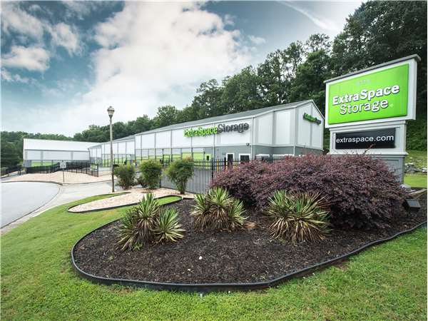 Storage Units in Atlanta GA at 8115 Roswell Rd