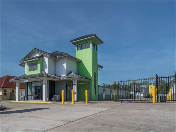 Image of Extra Space Storage Facility on 5603 Metrowest Blvd in Orlando, FL