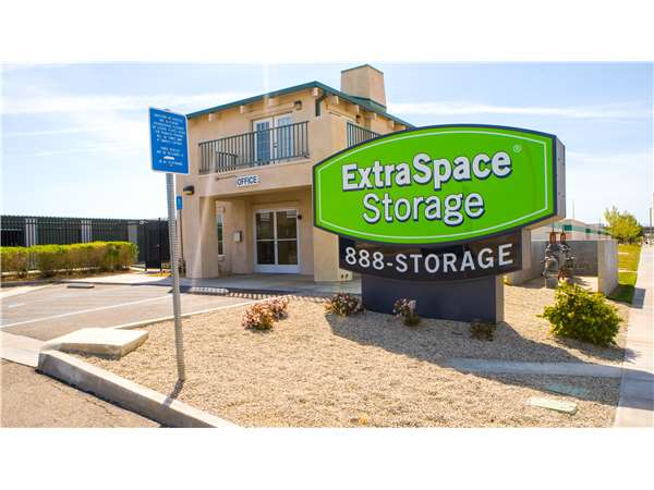 Image of Extra Space Storage Facility on 1722 W Ave J8 in Lancaster, CA