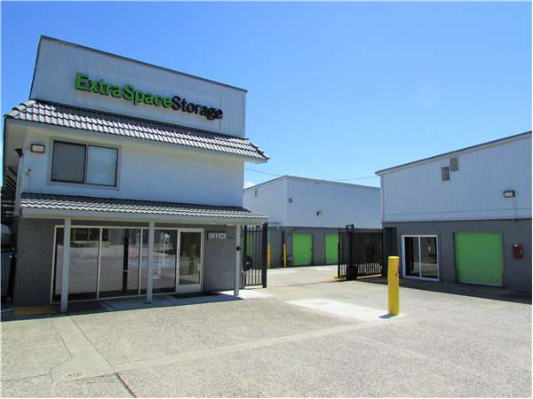 Storage Units At 3601 Junipero Serra Blvd In Daly City Ca