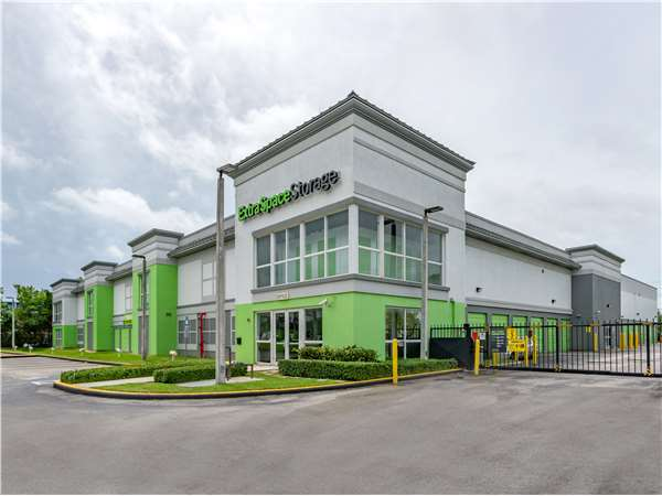 Image Of Extra Space Storage Facility On 10760 SW 186th St In Miami, FL