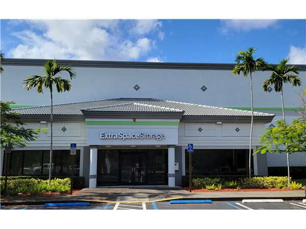 Image of Extra Space Storage Facility on 3750 Coral Ridge Dr in Coral Springs, FL