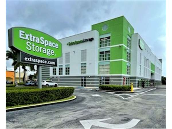 Captivating Image Of Extra Space Storage Facility On 11851 SW 147th Ave In Miami, FL