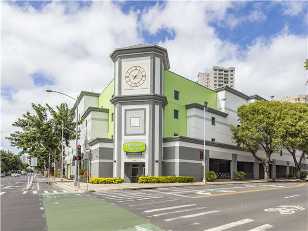 Storage Units in Honolulu, HI at 8 Kalakaua Ave | Extra Space Storage