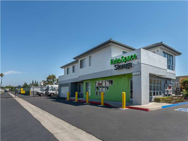 Image of Extra Space Storage Facility on 155 S Adams St in Anaheim, CA