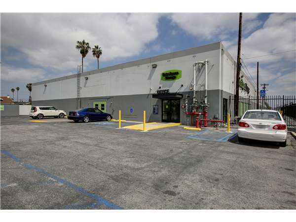 Image of Extra Space Storage Facility on 1701 W Slauson Ave in Los Angeles, CA