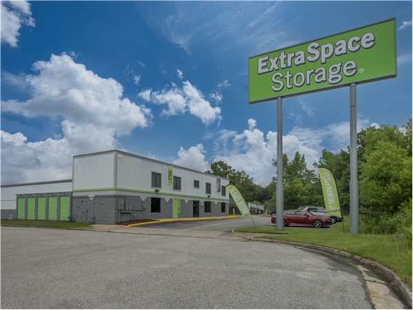 Image of Extra Space Storage Facility on 491 Denbigh Boulevard in Newport News, VA