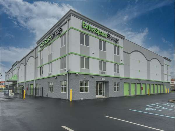 Image of Extra Space Storage Facility on 2215 Granby St in Norfolk, VA