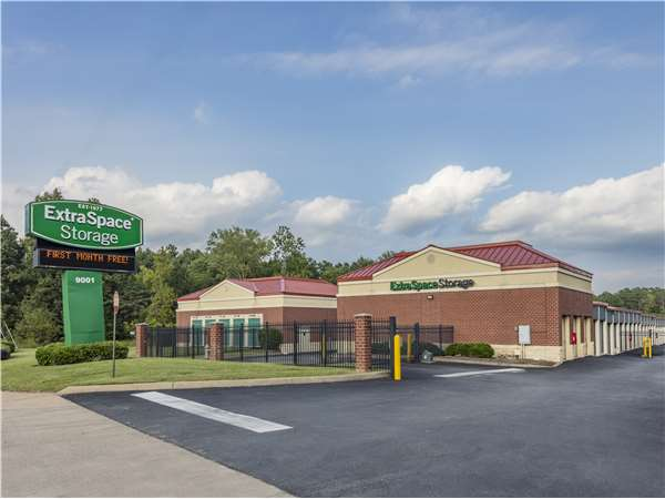 Image of Extra Space Storage Facility on 9001 Old Staples Mill Rd in Henrico, VA