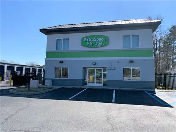 Image Of Extra E Storage Facility On 3264 S Military Hwy In Chesapeake Va
