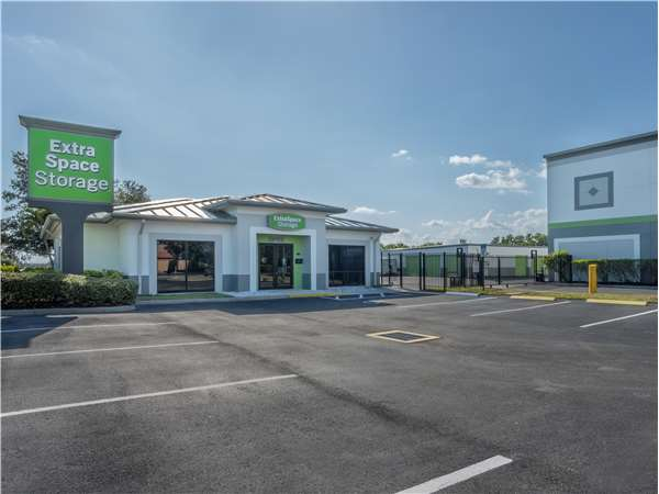 Entry To Extra Space Storage Facility Near Gran Park Way In Stuart, FL ...