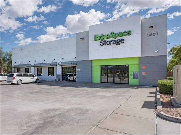 Image of Extra Space Storage Facility on 3803 S Priest Dr in Tempe, AZ