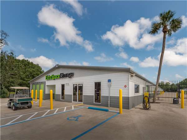 Image of Extra Space Storage Facility on 4761 Gulf Breeze Pkwy in Gulf Breeze, FL
