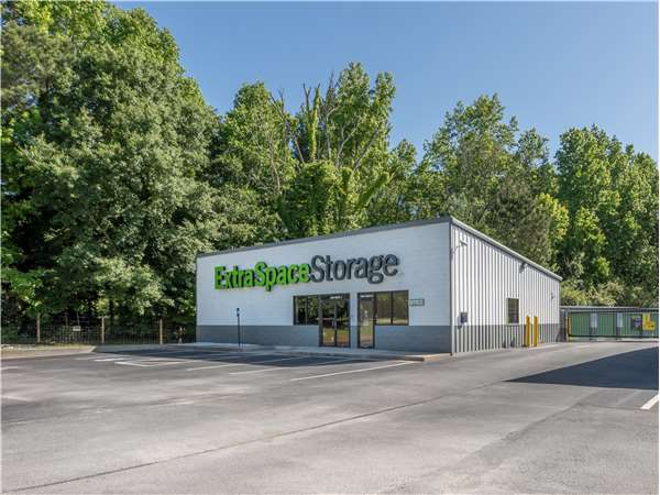 Image of Extra Space Storage Facility on 5484 Flakesmill Rd in Ellenwood, GA