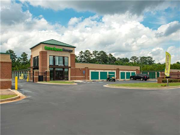 Image of Extra Space Storage Facility on 52 Bailey Station Cir in Sharpsburg, GA