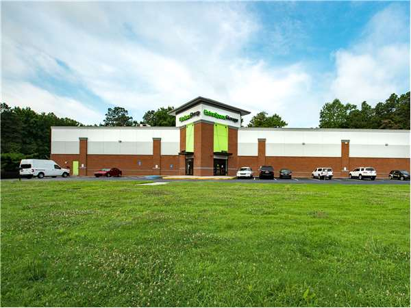 Image of Extra Space Storage Facility on 2340 Cobb Pkwy SE in Smyrna, GA