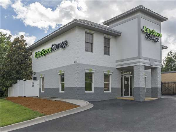 Image of Extra Space Storage Facility on 512 Percival Rd in Columbia, SC