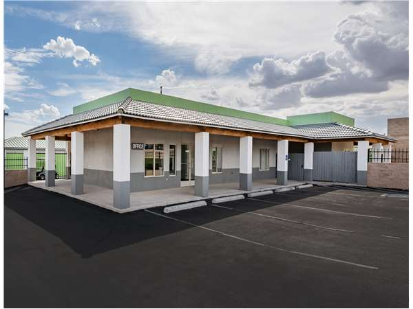 Image of Extra Space Storage Facility on 1909 Golf Course Rd SE in Rio Rancho, NM