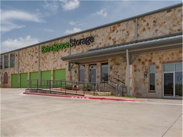 Image of Extra Space Storage Facility on 3621 E Whitestone Blvd in Cedar Park, TX