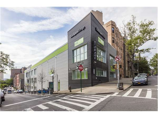Image of Extra Space Storage Facility on 485 W 129th St in New York, NY