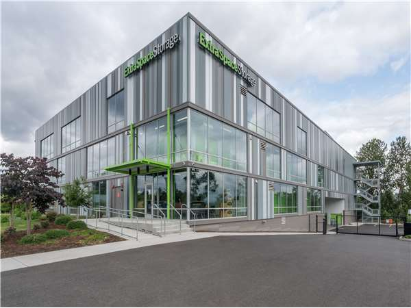 Image of Extra Space Storage Facility on 2845 NE Columbia Blvd in Portland, OR