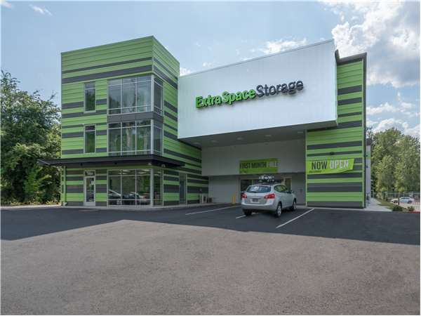 Image of Extra Space Storage Facility on 4403 SE Johnson Creek Blvd in Milwaukie, OR