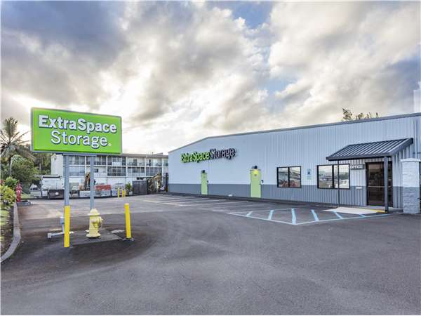 Image of Extra Space Storage Facility on 425 Kalanianaole Ave in Hilo, HI