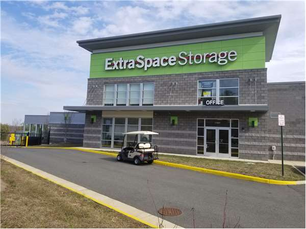Image of Extra Space Storage Facility on 11607 Nokesville Rd in Bristow, VA