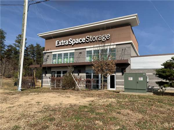 Image of Extra Space Storage Facility on 14701 Potomac Mills Rd in Woodbridge, VA