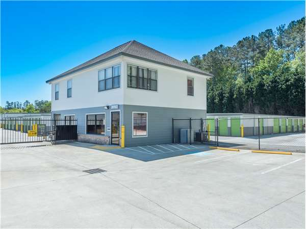 Image of Extra Space Storage Facility on 3360 Dogwood Ln in Acworth, GA