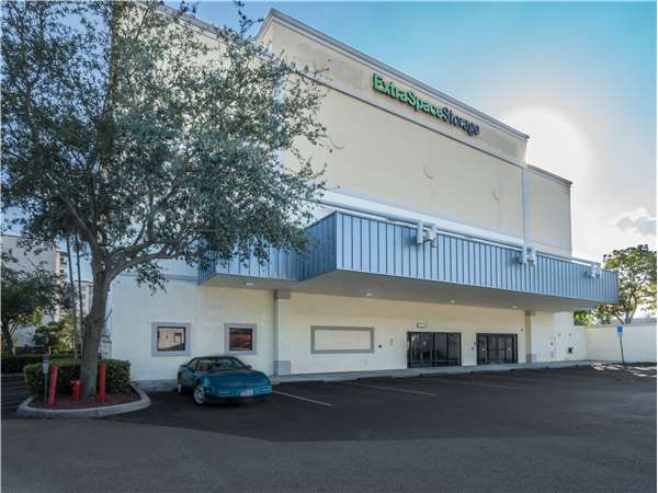 Image of Extra Space Storage Facility on 1850 Miami Rd in Fort Lauderdale, FL