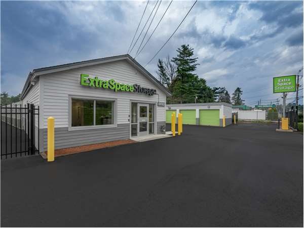 Image of Extra Space Storage Facility on 140 Main St in North Reading, MA