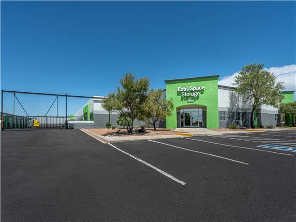 Image of Extra Space Storage Facility on 4101 Fulcrum Way NE in Rio Rancho, NM
