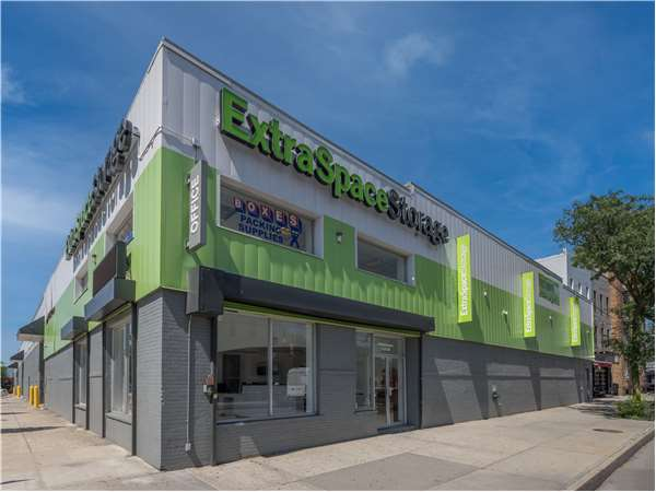 Image of Extra Space Storage Facility on 1060 Wyckoff Ave in Ridgewood, NY
