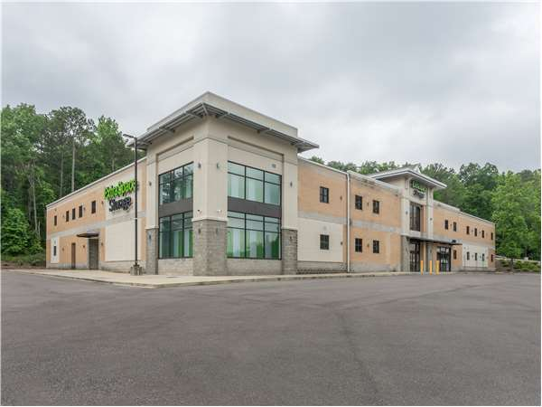 Image of Extra Space Storage Facility on 720 Montclair Rd in Birmingham, AL