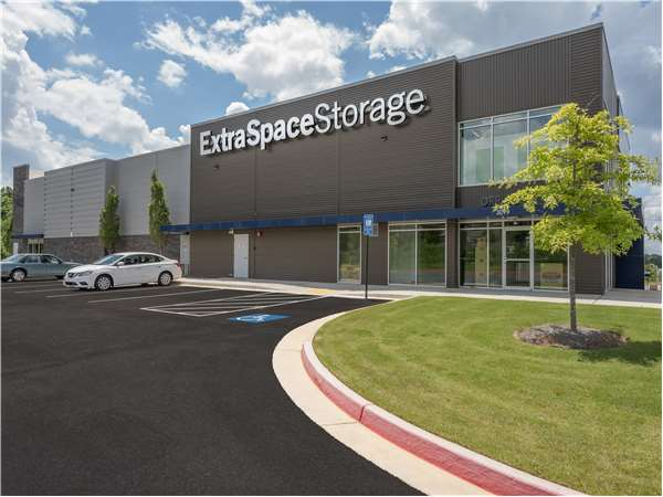 Image of Extra Space Storage Facility on 3099 Loring Rd NW in Kennesaw, GA