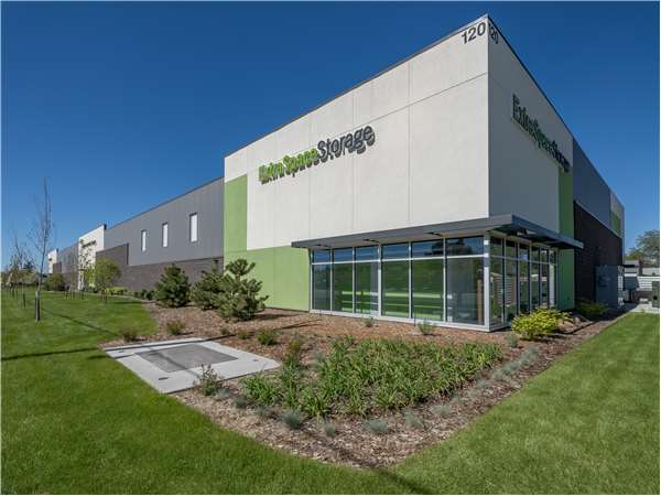 Image of Extra Space Storage Facility on 120 W 43rd St in Loveland, CO