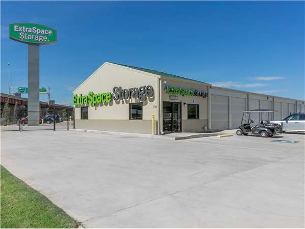 Image of Extra Space Storage Facility on 839 E Reno Ave in Oklahoma City, OK