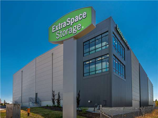 Image of Extra Space Storage Facility on 13822 31st Ave W in Lynnwood, WA