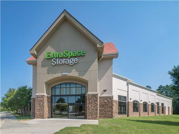 Image of Extra Space Storage Facility on 6401 Town Center Dr in Raleigh, NC