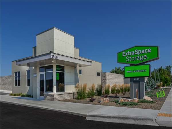 Image of Extra Space Storage Facility on 3959 N Ten Mile Rd in Meridian, ID