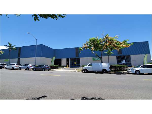 Image of Extra Space Storage Facility on 4285 Lawehana St in Honolulu, HI