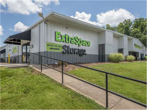 Image of Extra Space Storage Facility on 410 Princeton Rd in Johnson City, TN