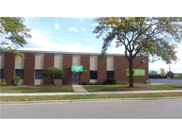 Image of Extra Space Storage Facility on 2401 Palmer Dr in Schaumburg, IL