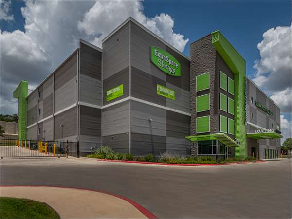 Image of Extra Space Storage Facility on 12806 Vista Del Norte in San Antonio, TX