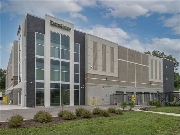 Image of Extra Space Storage Facility on 11775 Snyder Rd in Knoxville, TN
