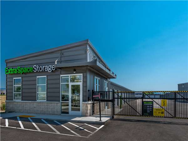 Image of Extra Space Storage Facility on 2902 S Beverly St in Boise, ID