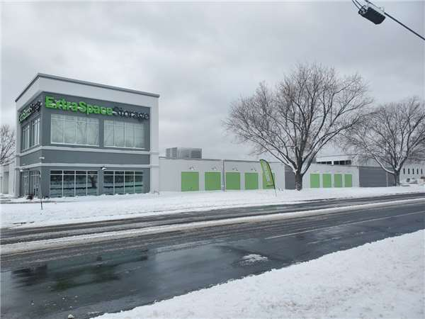Image of Extra Space Storage Facility on 8121 10th Ave N in Golden Valley, MN